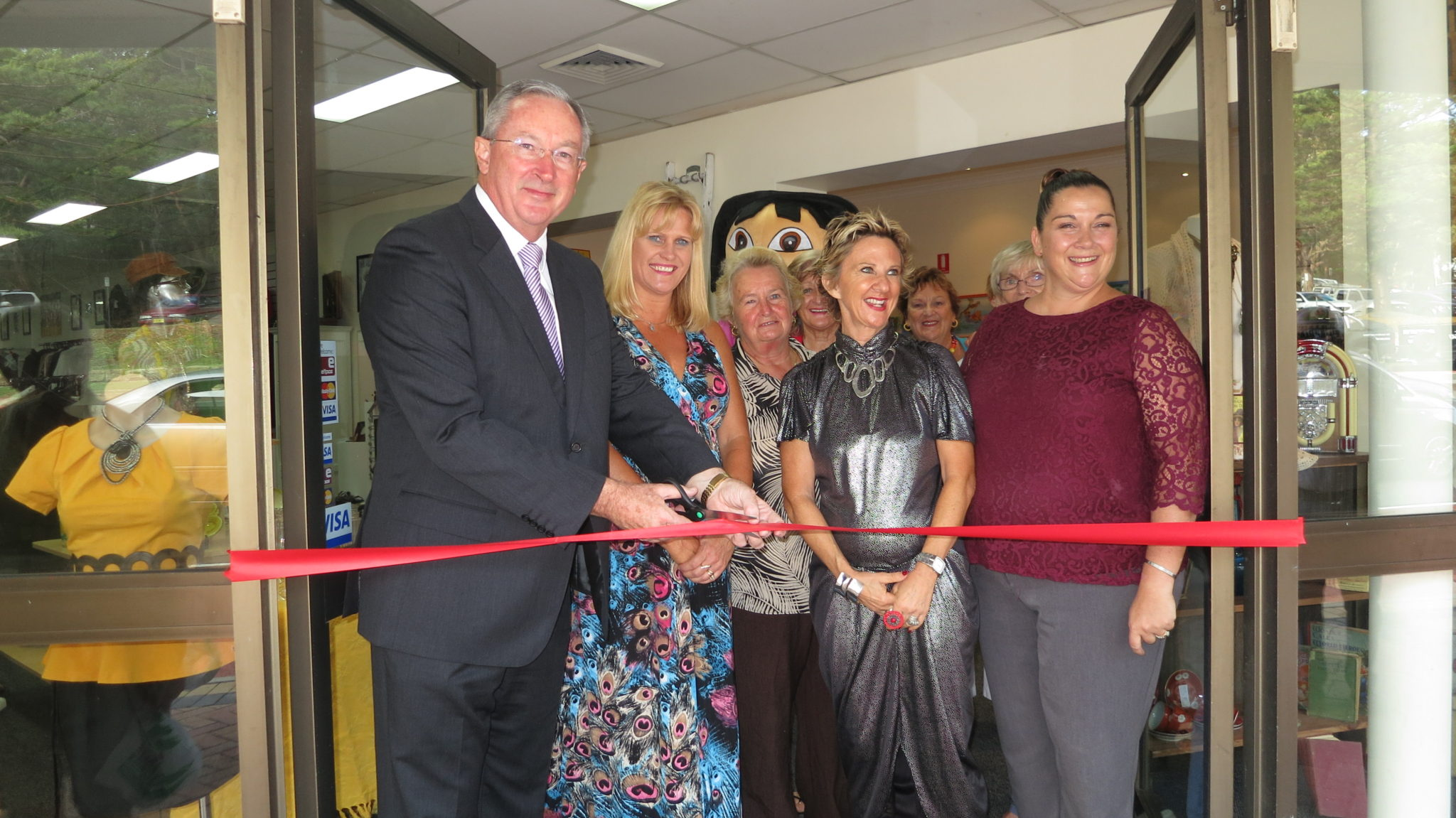 Grand Relaunch of the Lifeline Shop in Dee Why